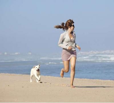 Quer viver mais? Adote um cachorro, diz estudo.